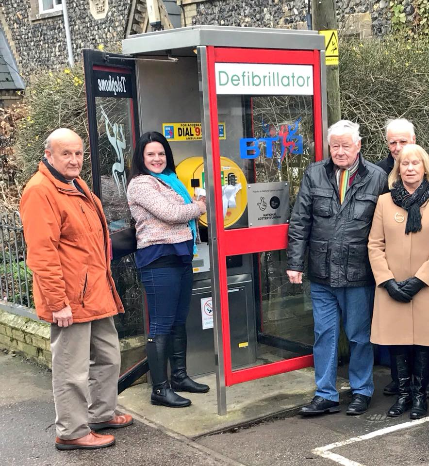 Phone box defibrillator fitted thanks to lottery grant